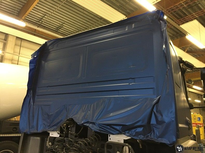 Mercedes Actros Avery Matte Metallic Bleu, Carwrapping door Wrapmyride.nu Foto-nr:11053, ©2019