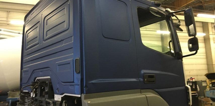 Mercedes Actros Avery Matte Metallic Bleu