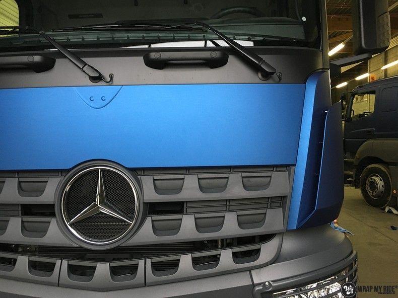 Mercedes Actros Avery Matte Metallic Bleu, Carwrapping door Wrapmyride.nu Foto-nr:11048, ©2020