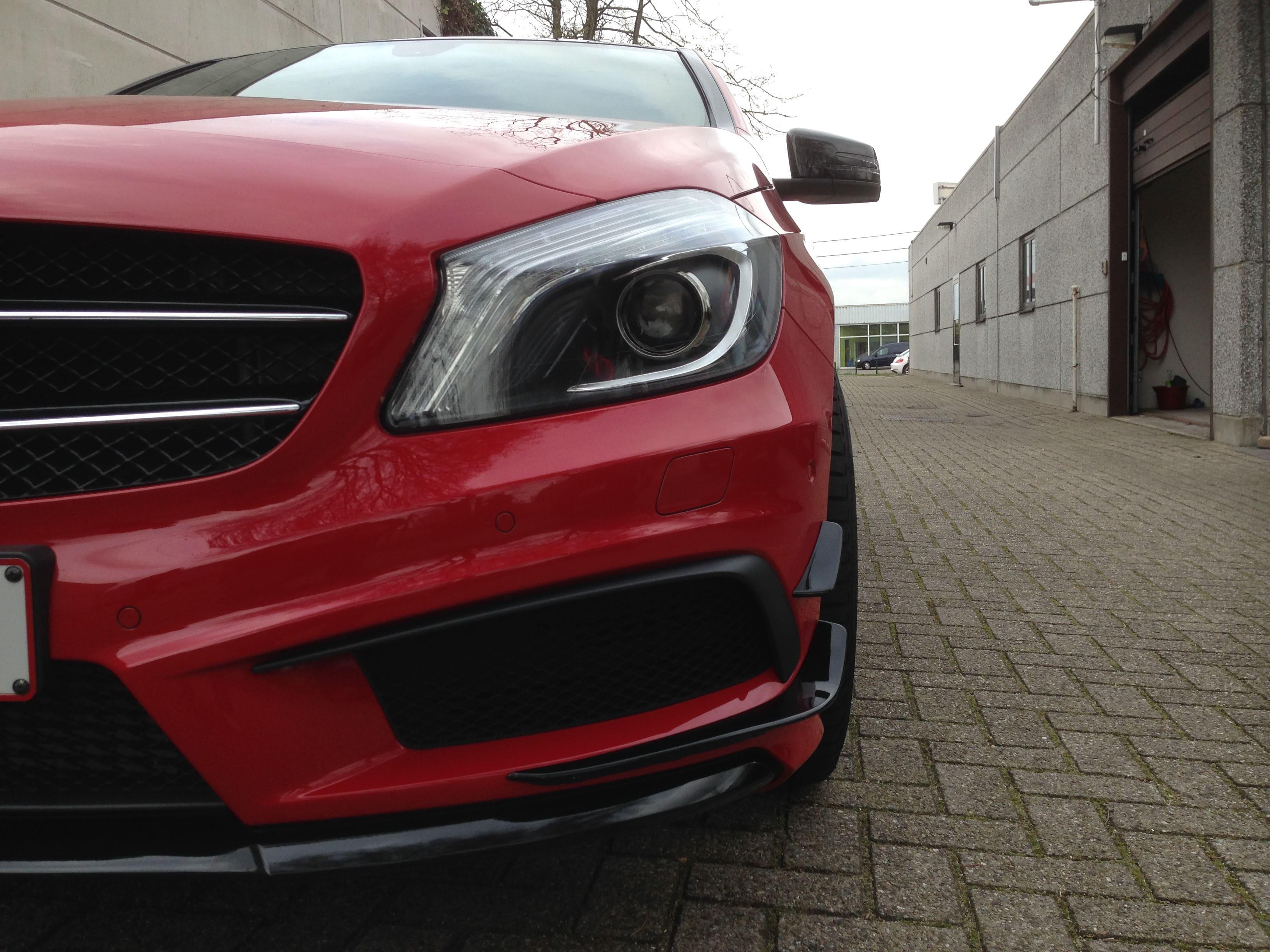 Mercedes AMG met Hoogglans Rode Wrap en Zwarte Accenten, Carwrapping door Wrapmyride.nu Foto-nr:6083, ©2020