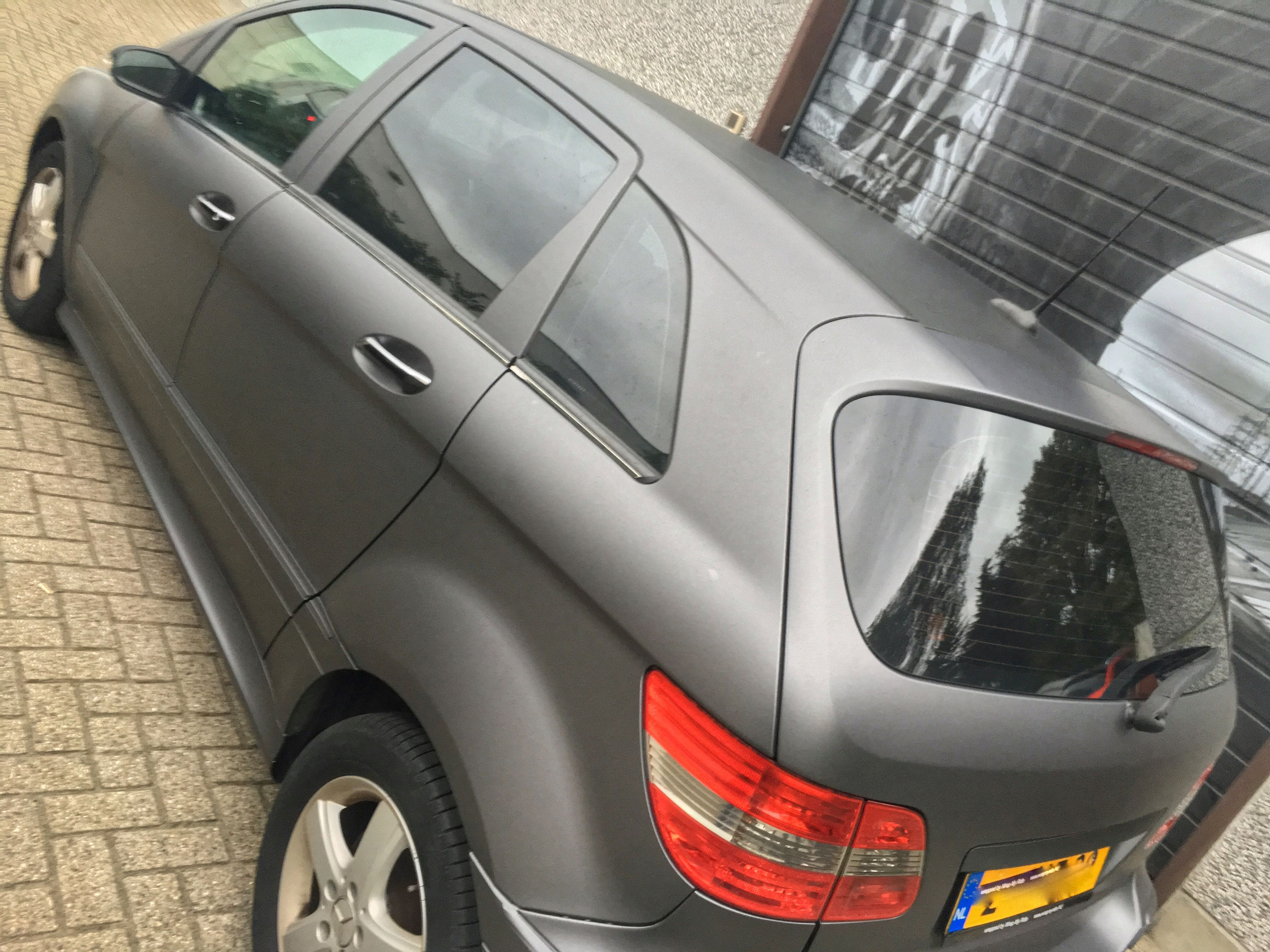 Mercedes B-klasse matte dark grey, Carwrapping door Wrapmyride.nu Foto-nr:9290, ©2021