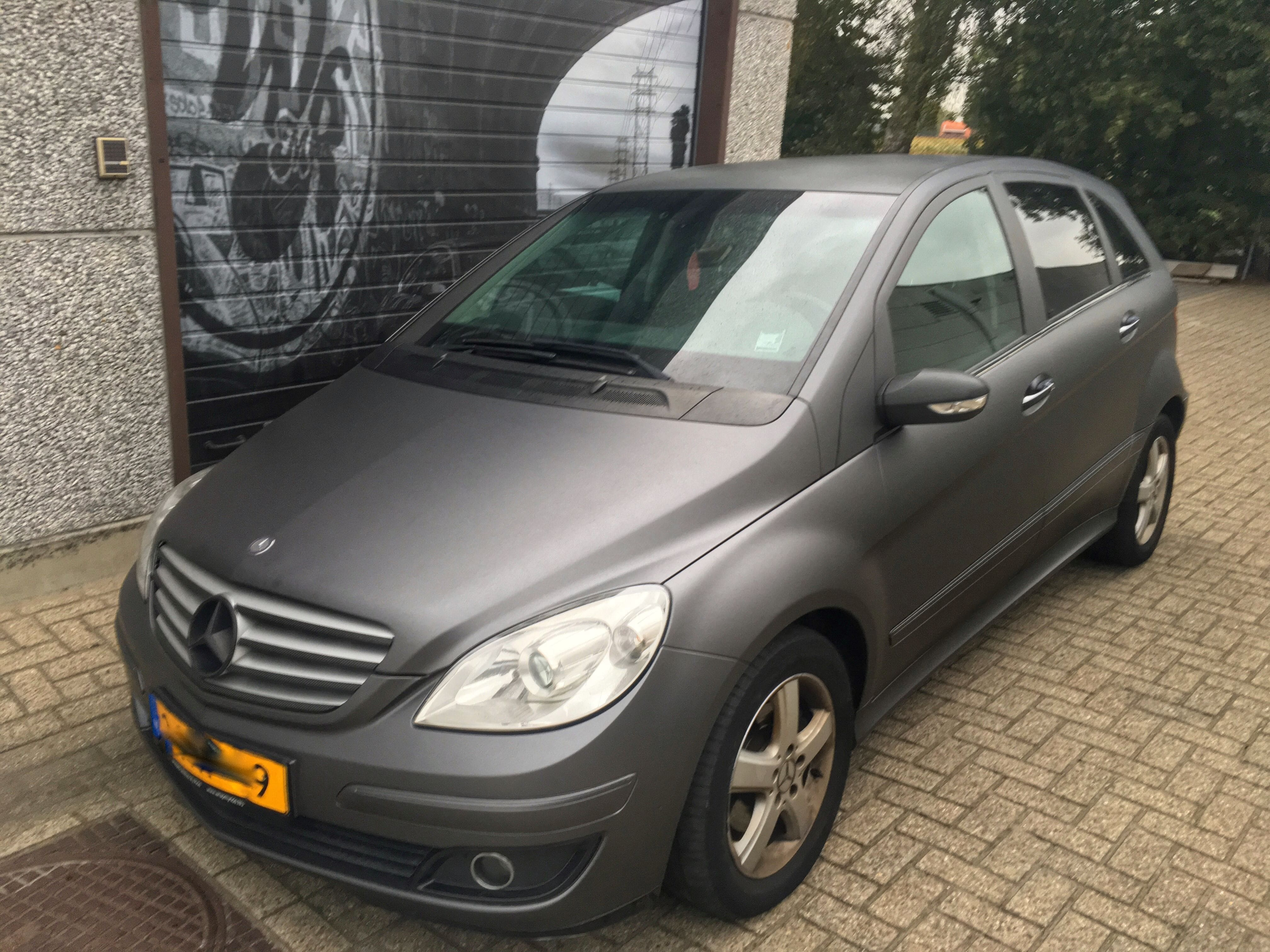 Mercedes B-klasse matte dark grey, Carwrapping door Wrapmyride.nu Foto-nr:9287, ©2021