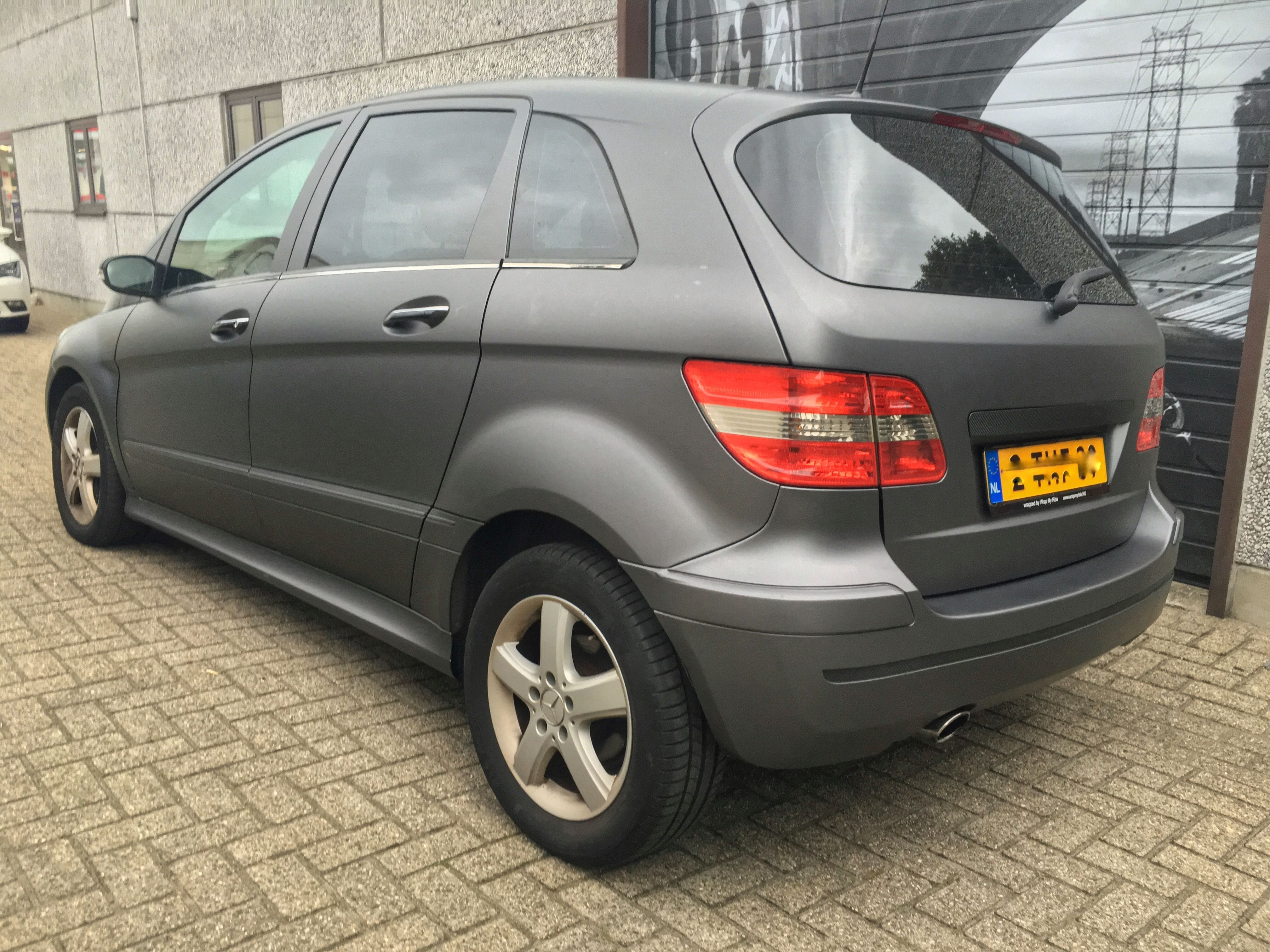 Mercedes B-klasse matte dark grey, Carwrapping door Wrapmyride.nu Foto-nr:9289, ©2021