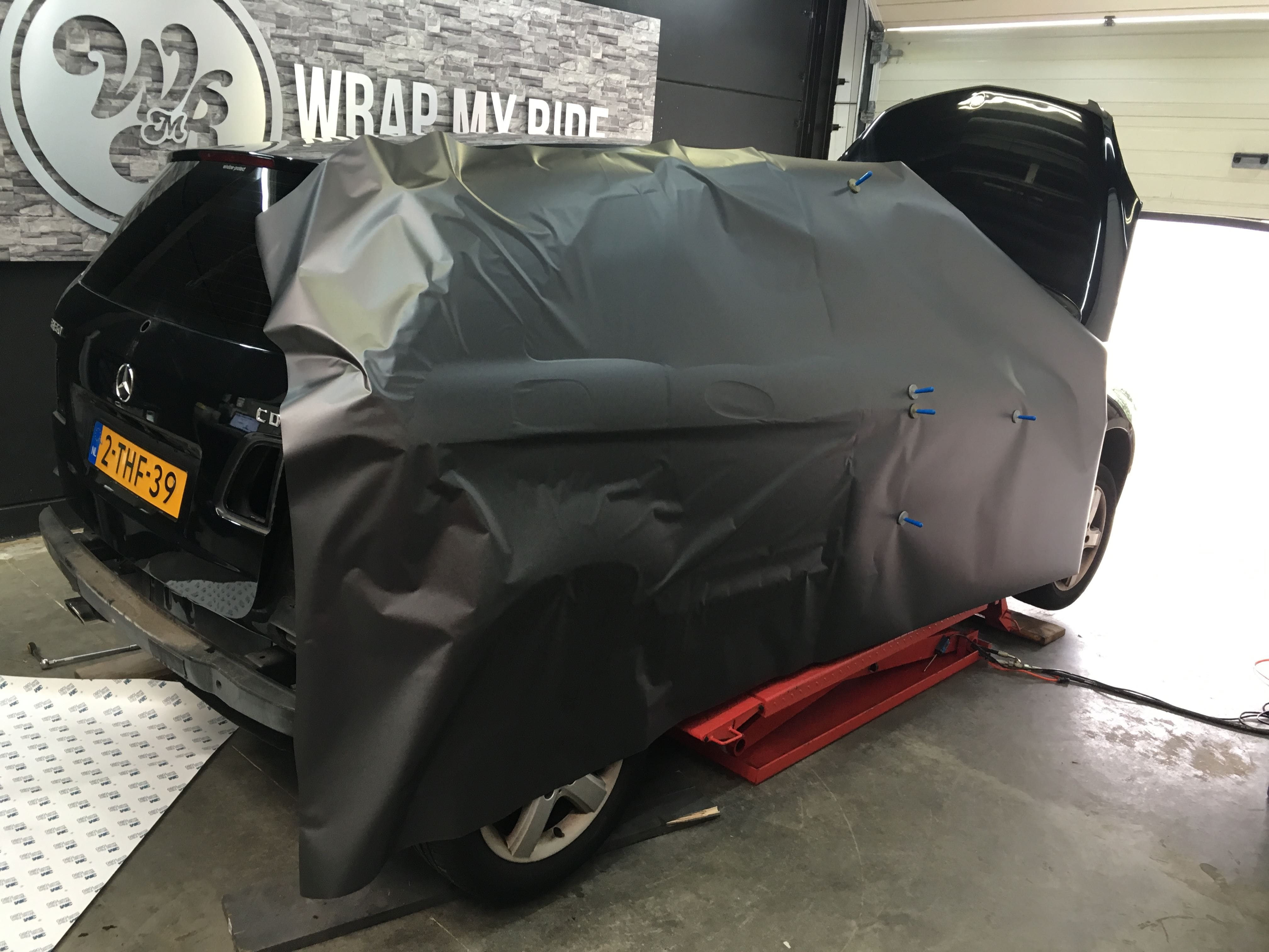 Mercedes B-klasse matte dark grey, Carwrapping door Wrapmyride.nu Foto-nr:9313, ©2020