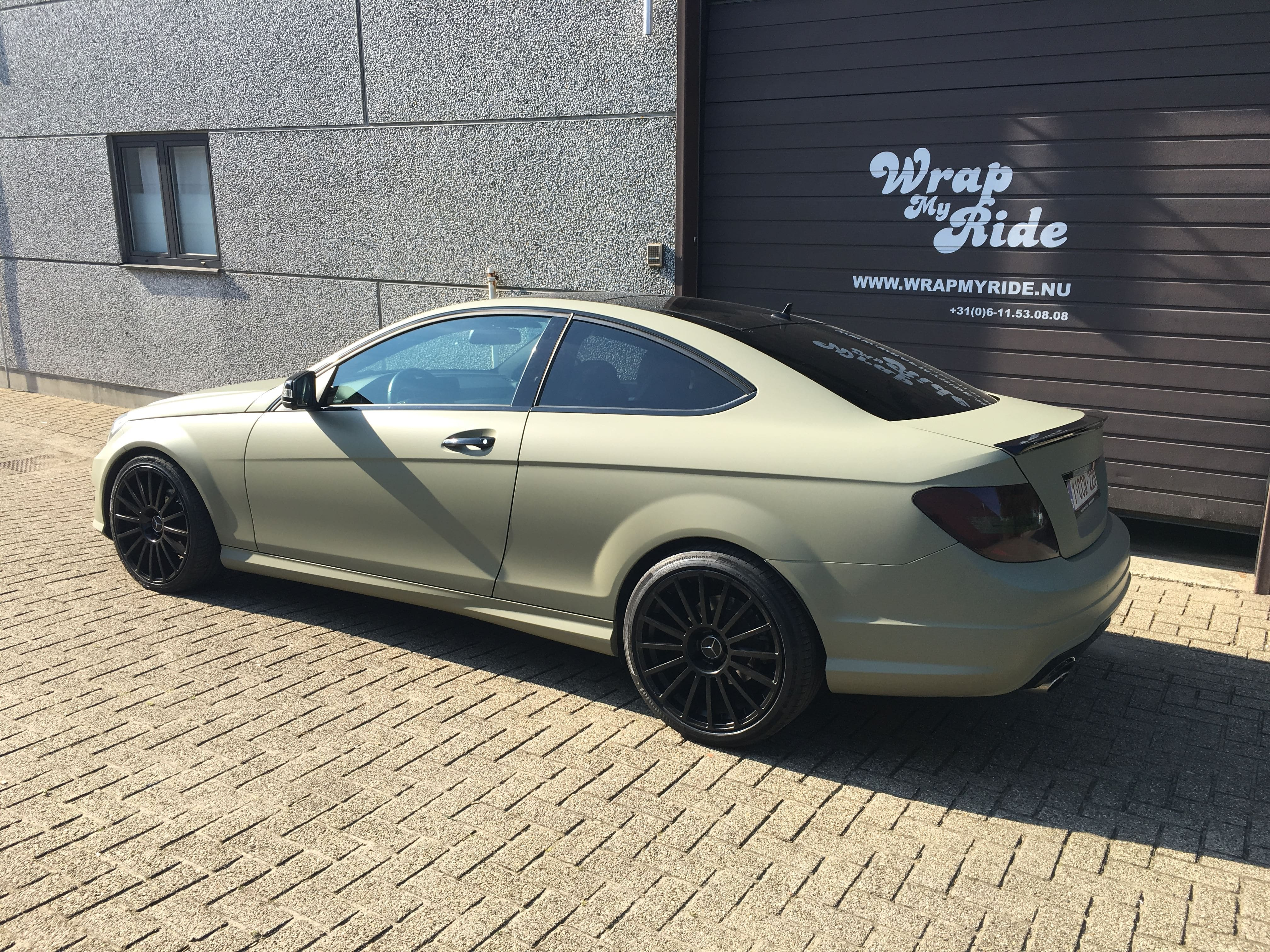 Mercedes C-Coupe matte khaki green, Carwrapping door Wrapmyride.nu Foto-nr:9171, ©2021