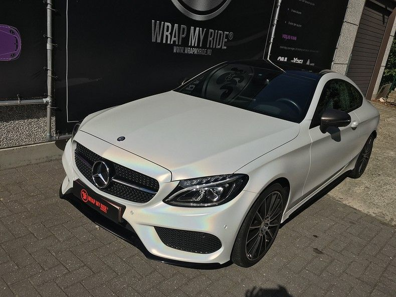 Mercedes C-coupe Satin ghost flip, Carwrapping door Wrapmyride.nu Foto-nr:11852, ©2021