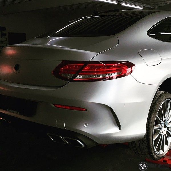 Mercedes C-coupe satin white aluminium, Carwrapping door Wrapmyride.nu Foto-nr:12705, ©2019
