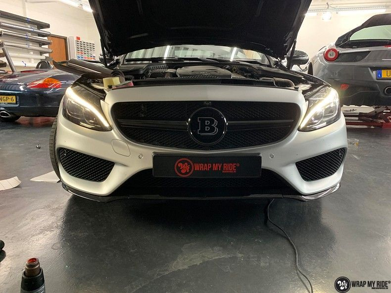 Mercedes C-coupe satin white aluminium, Carwrapping door Wrapmyride.nu Foto-nr:12715, ©2019