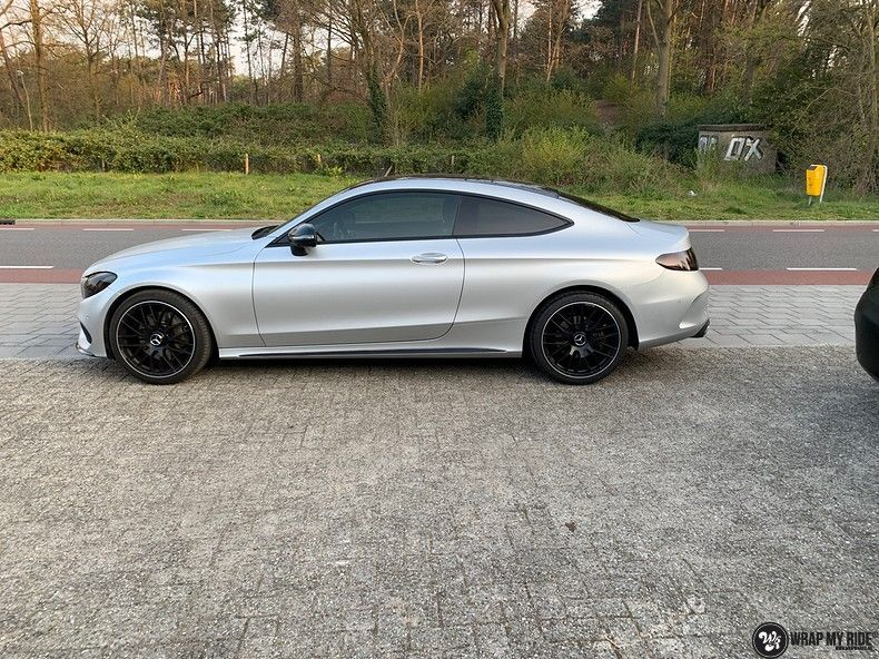 Mercedes C-coupe satin white aluminium, Carwrapping door Wrapmyride.nu Foto-nr:12721, ©2019