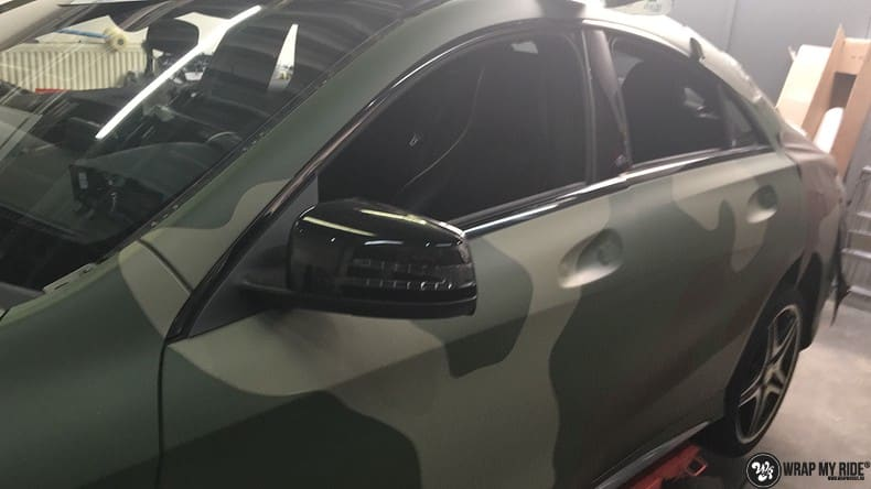 Mercedes CLA custom Camo wrap, Carwrapping door Wrapmyride.nu Foto-nr:10051, ©2021