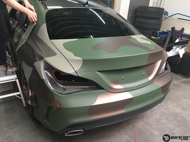 Mercedes CLA custom Camo wrap, Carwrapping door Wrapmyride.nu Foto-nr:10053, ©2019
