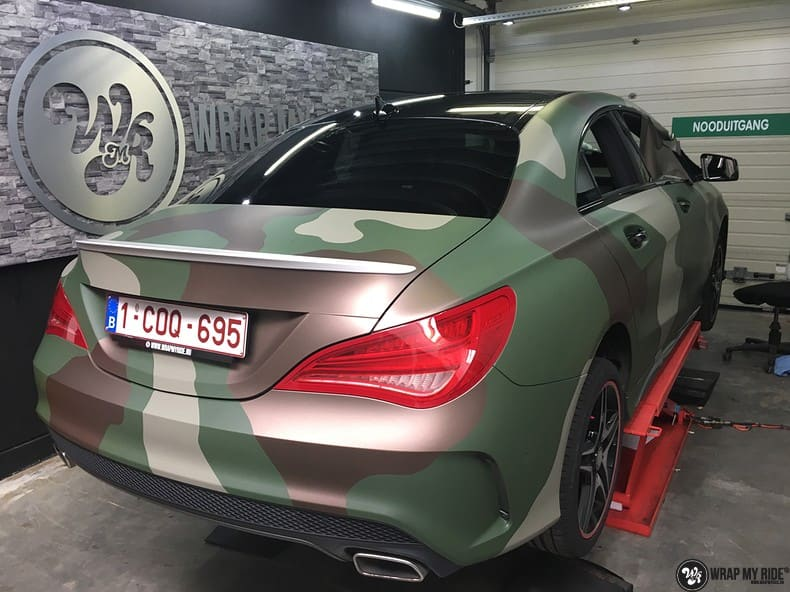 Mercedes CLA custom Camo wrap, Carwrapping door Wrapmyride.nu Foto-nr:10054, ©2021