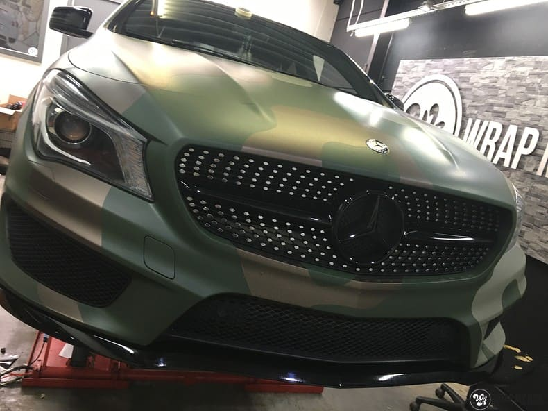 Mercedes CLA custom Camo wrap, Carwrapping door Wrapmyride.nu Foto-nr:10060, ©2021
