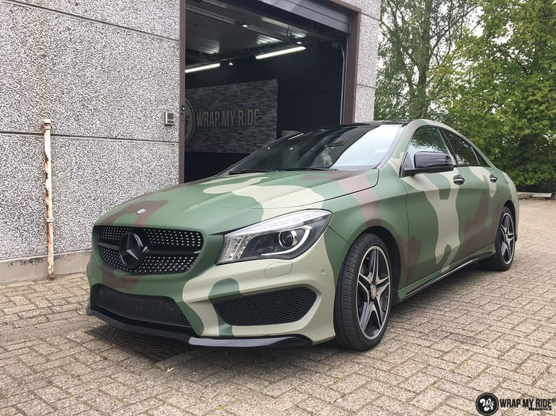 Mercedes CLA custom Camo wrap, Carwrapping door Wrapmyride.nu Foto-nr:10064, ©2021