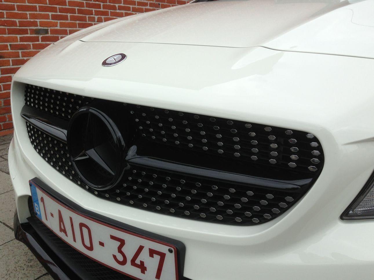 Mercedes CLA in Witte Wrap met Zwarte Accenten, Carwrapping door Wrapmyride.nu Foto-nr:6088, ©2018
