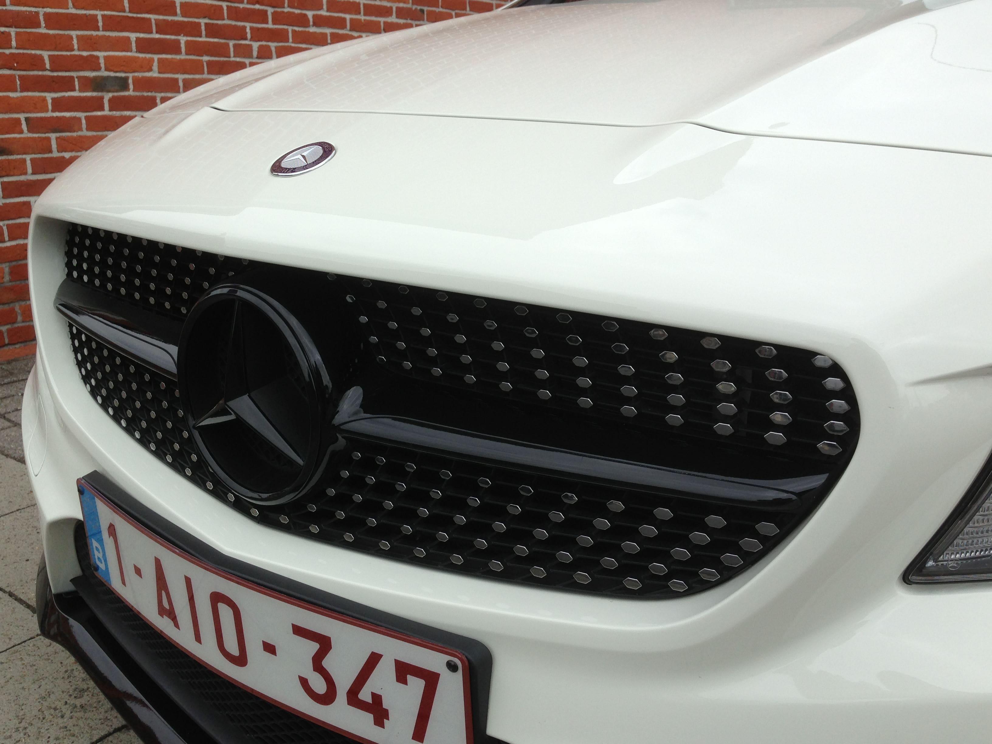 Mercedes CLA in Witte Wrap met Zwarte Accenten, Carwrapping door Wrapmyride.nu Foto-nr:6088, ©2020