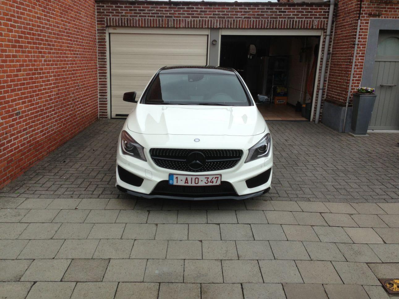 Mercedes CLA in Witte Wrap met Zwarte Accenten, Carwrapping door Wrapmyride.nu Foto-nr:6089, ©2018