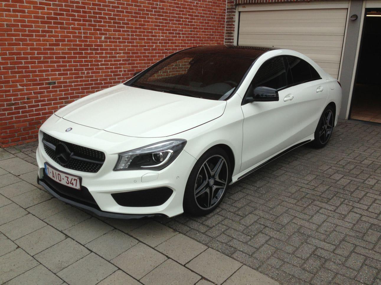 Mercedes CLA in Witte Wrap met Zwarte Accenten, Carwrapping door Wrapmyride.nu Foto-nr:6090, ©2018