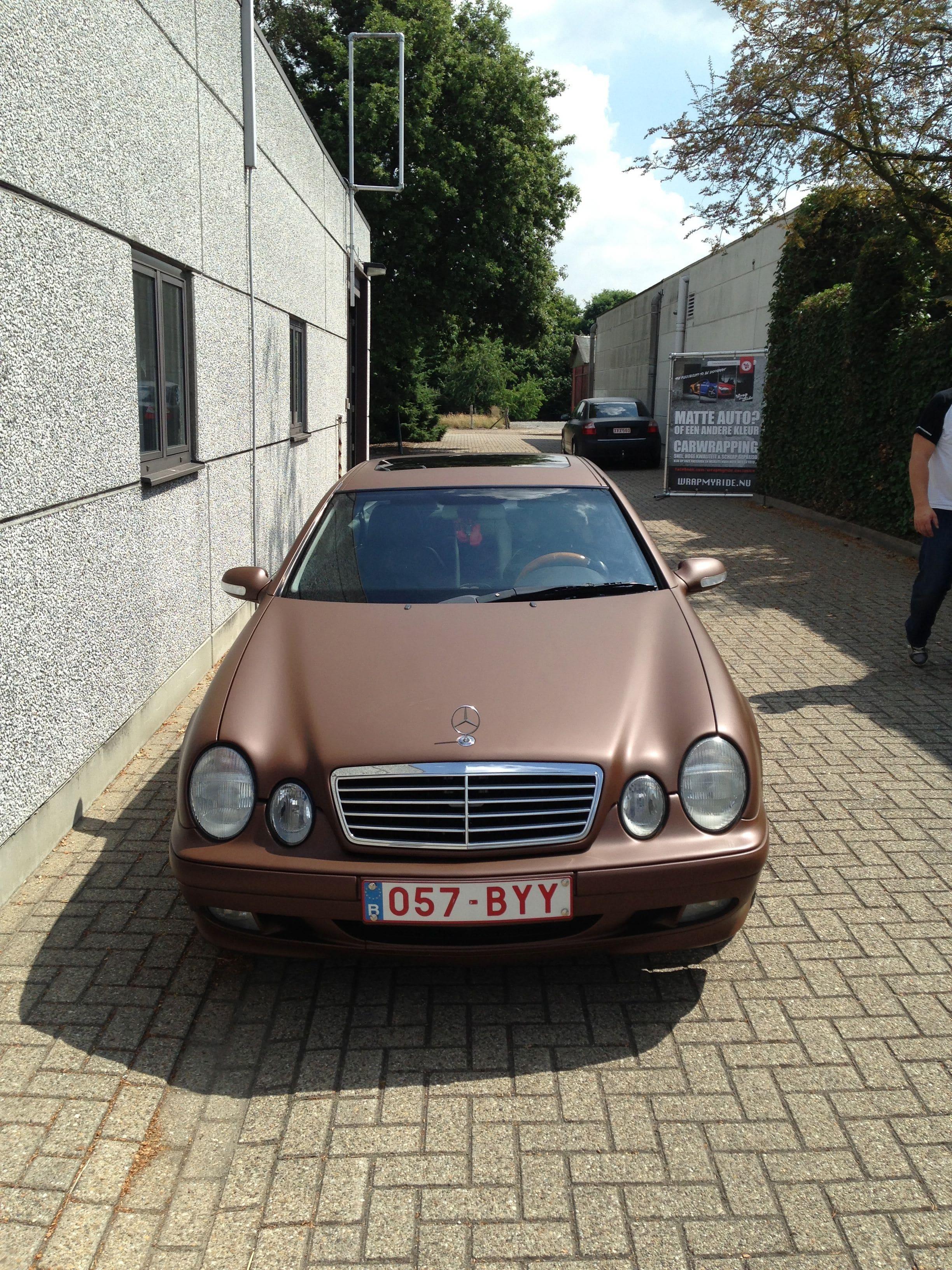 Mercedes CLK 320 met Mat Bruine Wrap, Carwrapping door Wrapmyride.nu Foto-nr:6118, ©2020