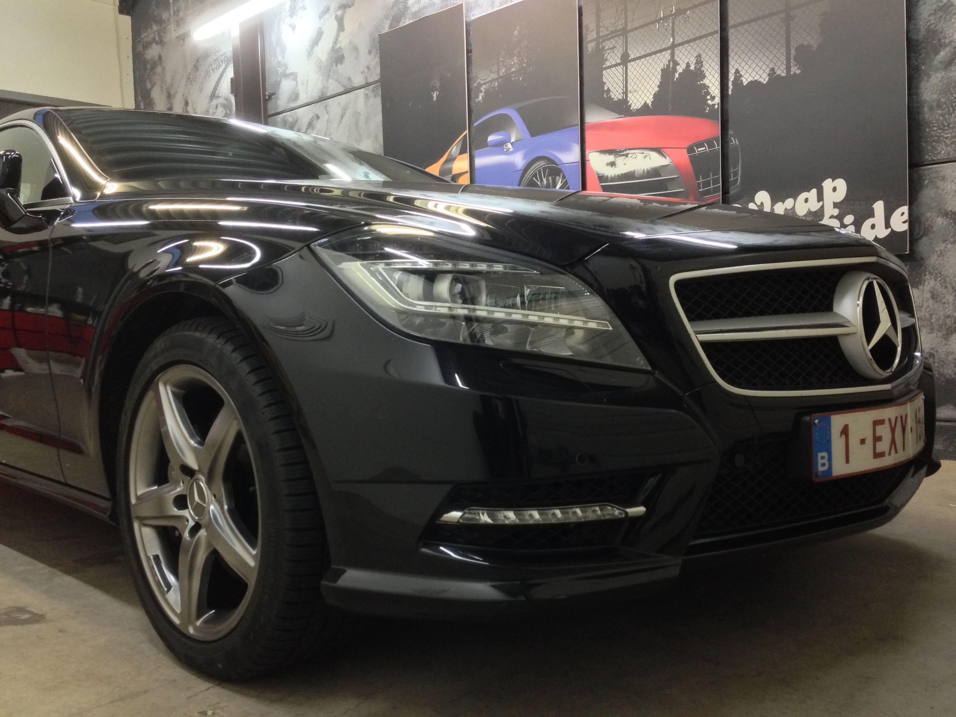 Mercedes CLS met White Satin Pearl Wrap, Carwrapping door Wrapmyride.nu Foto-nr:6173, ©2021