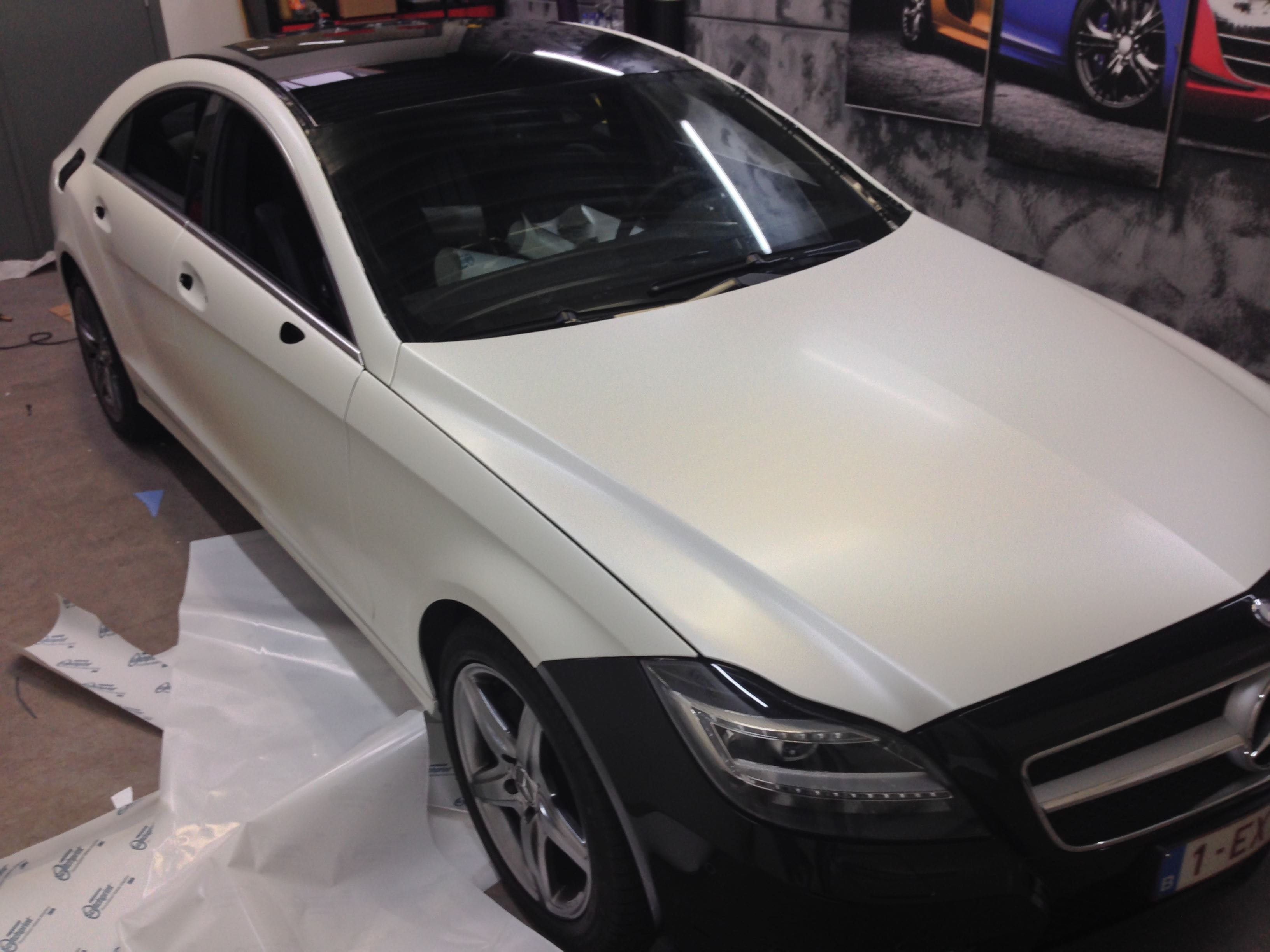 Mercedes CLS met White Satin Pearl Wrap, Carwrapping door Wrapmyride.nu Foto-nr:6184, ©2020
