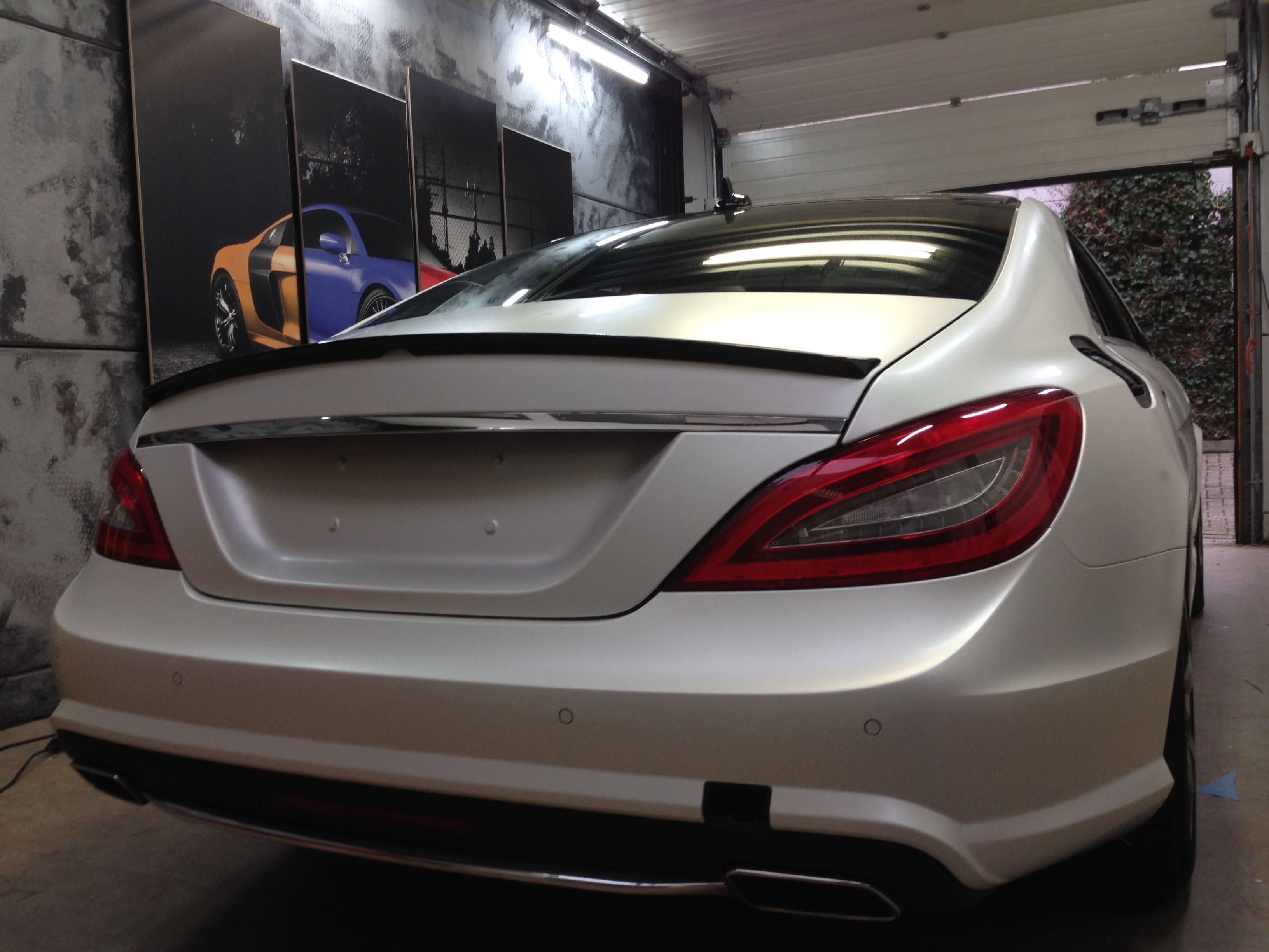 Mercedes CLS met White Satin Pearl Wrap, Carwrapping door Wrapmyride.nu Foto-nr:6185, ©2021