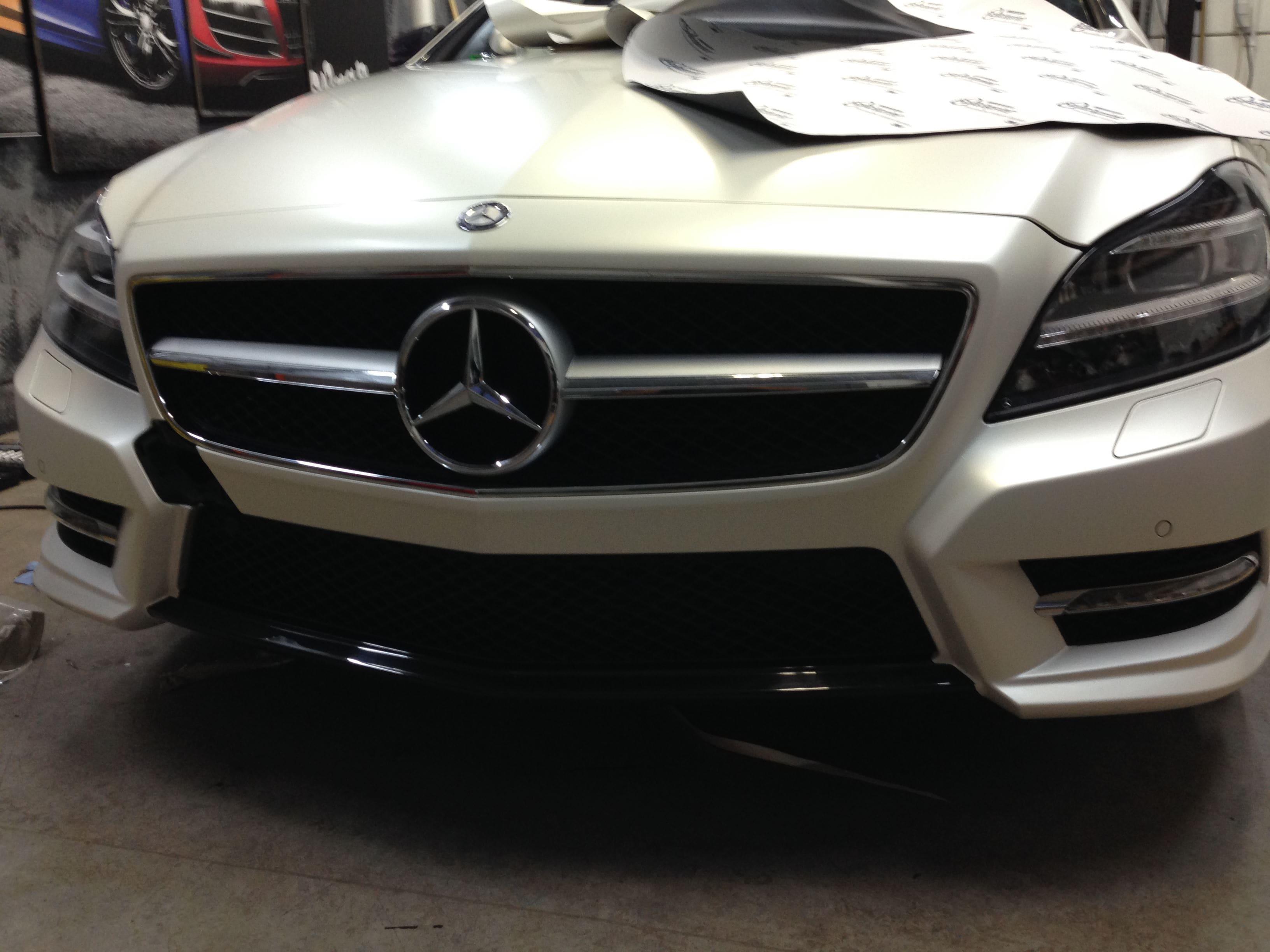 Mercedes CLS met White Satin Pearl Wrap, Carwrapping door Wrapmyride.nu Foto-nr:6186, ©2021