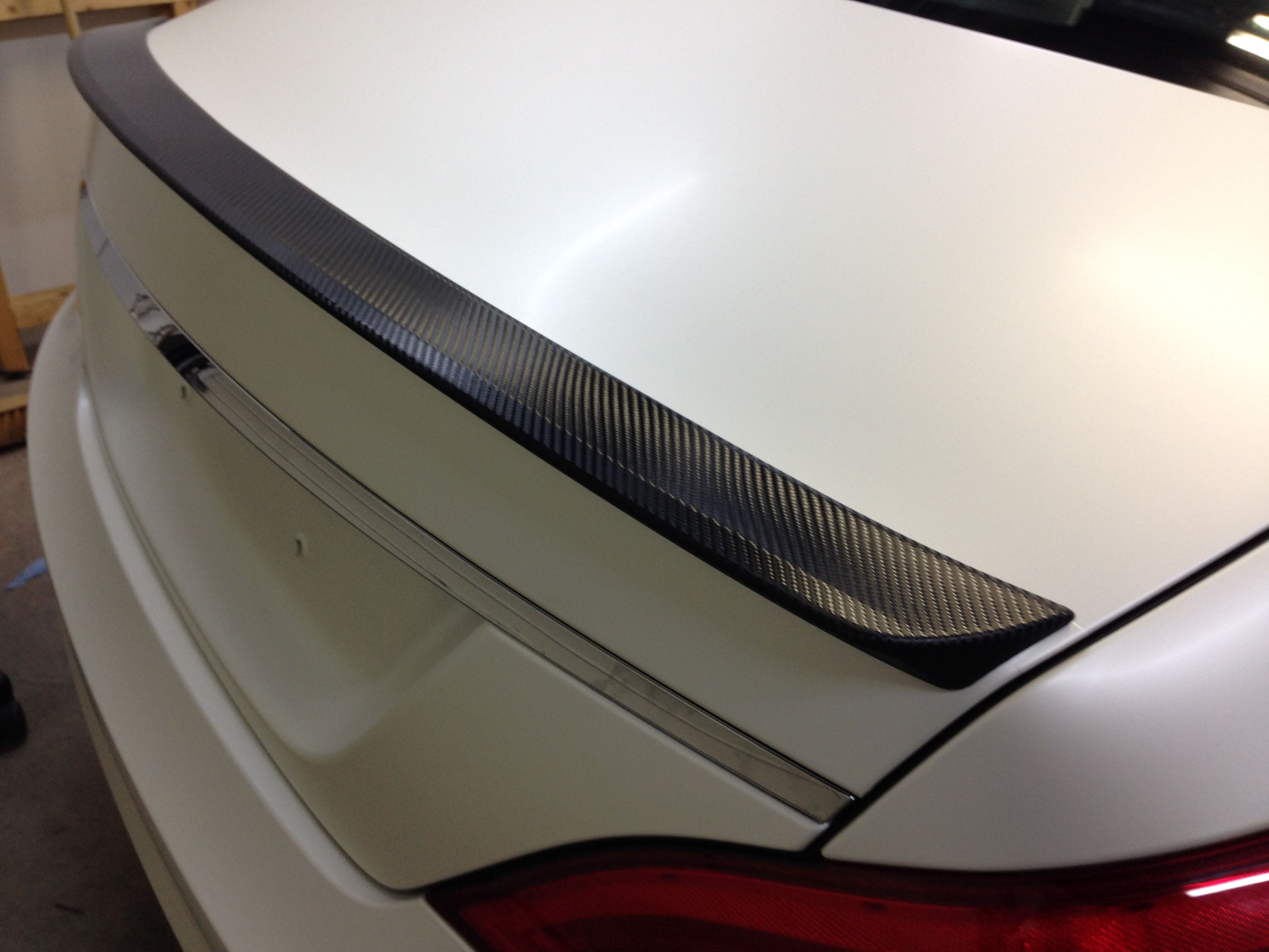 Mercedes CLS met White Satin Pearl Wrap, Carwrapping door Wrapmyride.nu Foto-nr:6192, ©2020