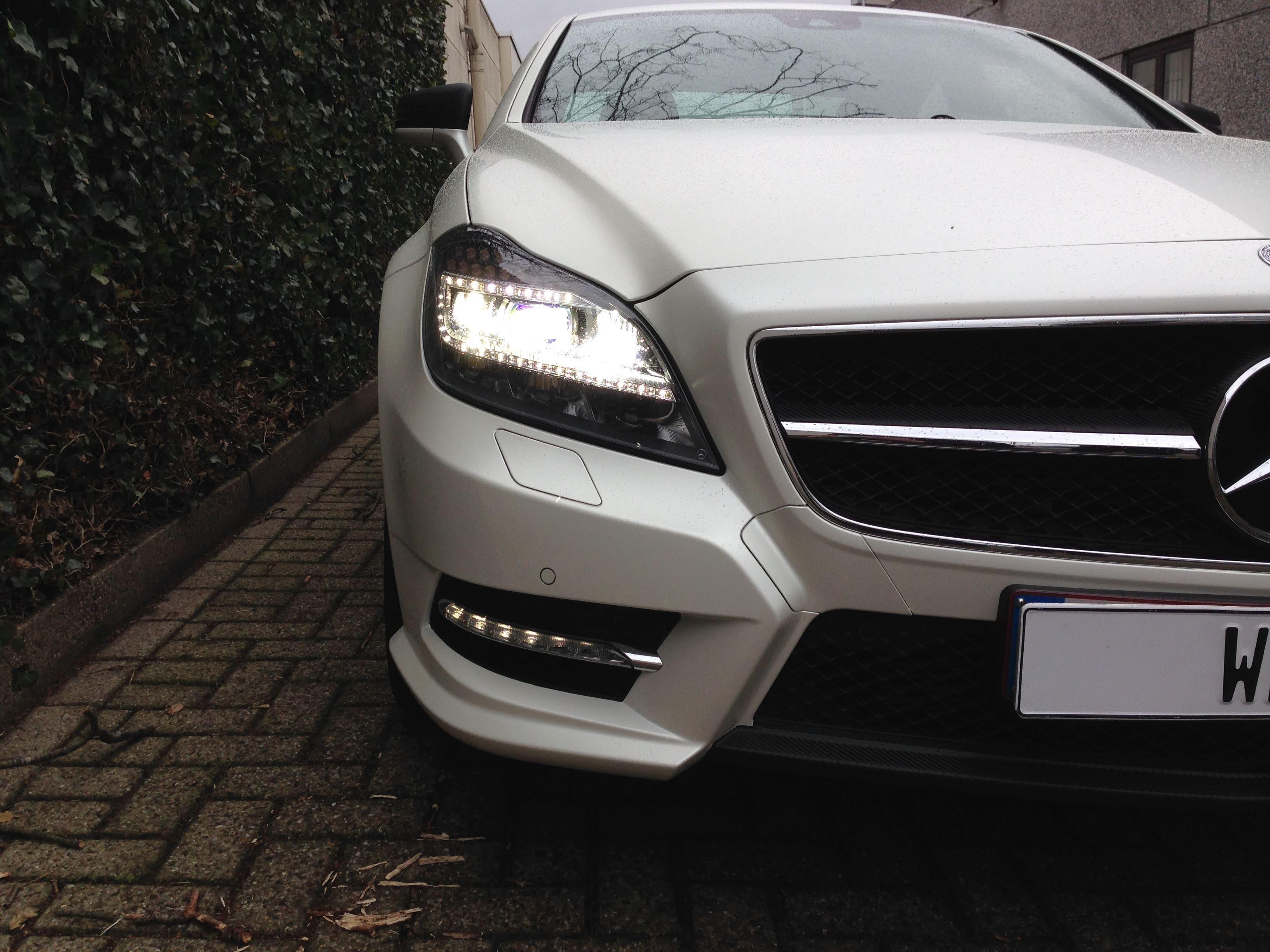 Mercedes CLS met White Satin Pearl Wrap, Carwrapping door Wrapmyride.nu Foto-nr:6204, ©2021