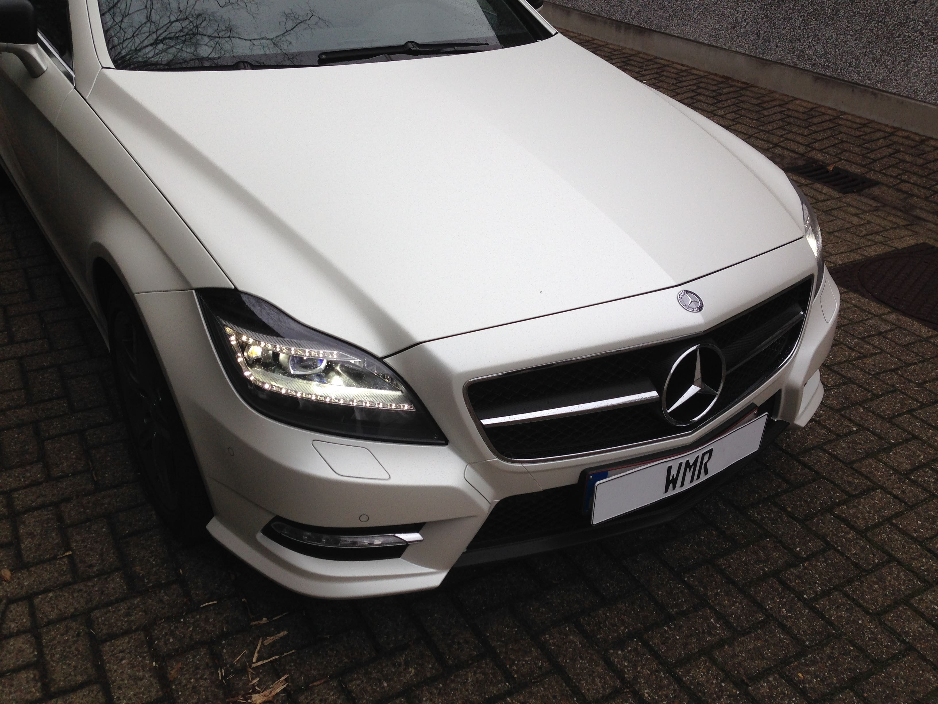 Mercedes CLS met White Satin Pearl Wrap, Carwrapping door Wrapmyride.nu Foto-nr:6205, ©2020