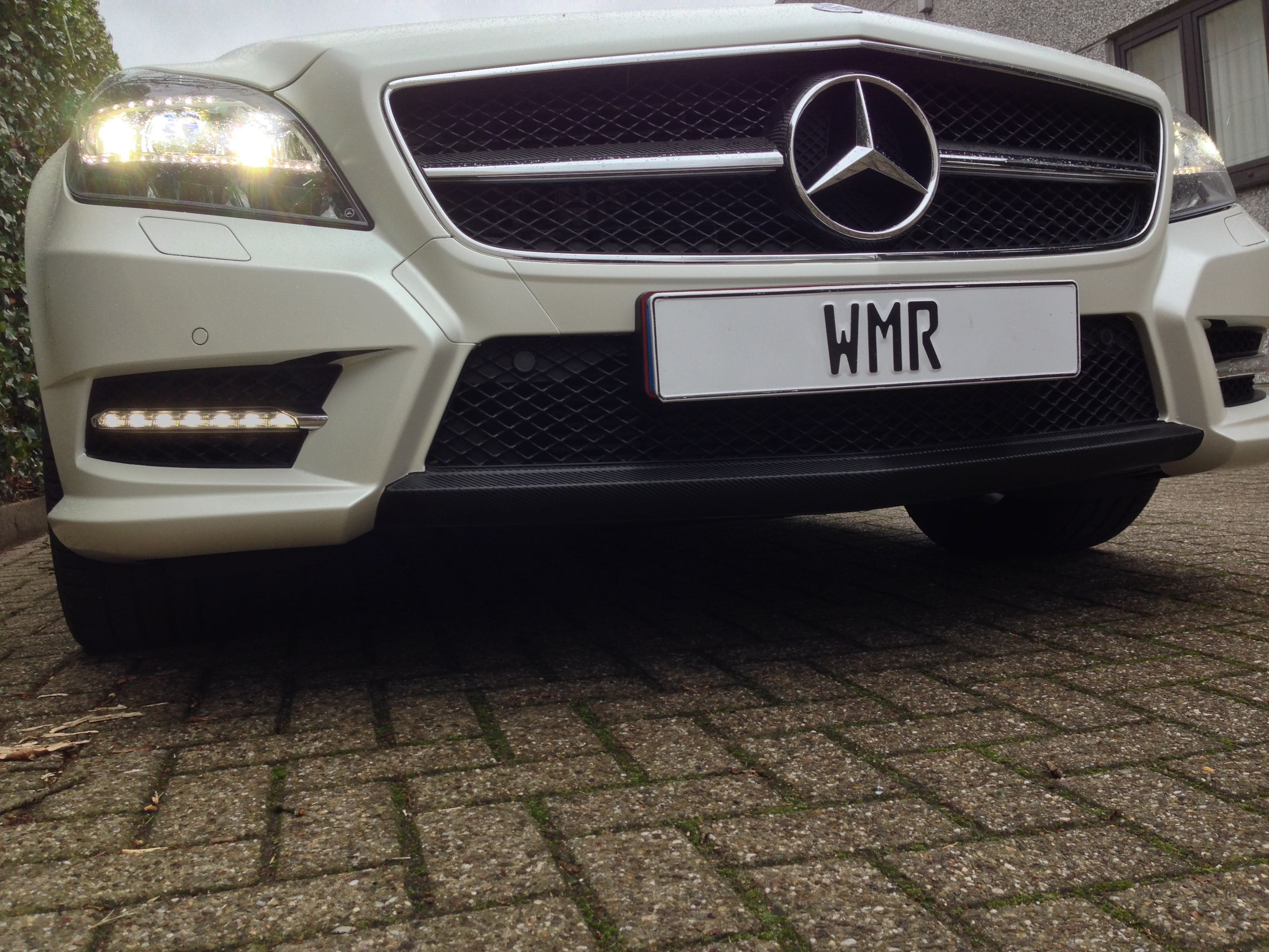 Mercedes CLS met White Satin Pearl Wrap, Carwrapping door Wrapmyride.nu Foto-nr:6207, ©2020