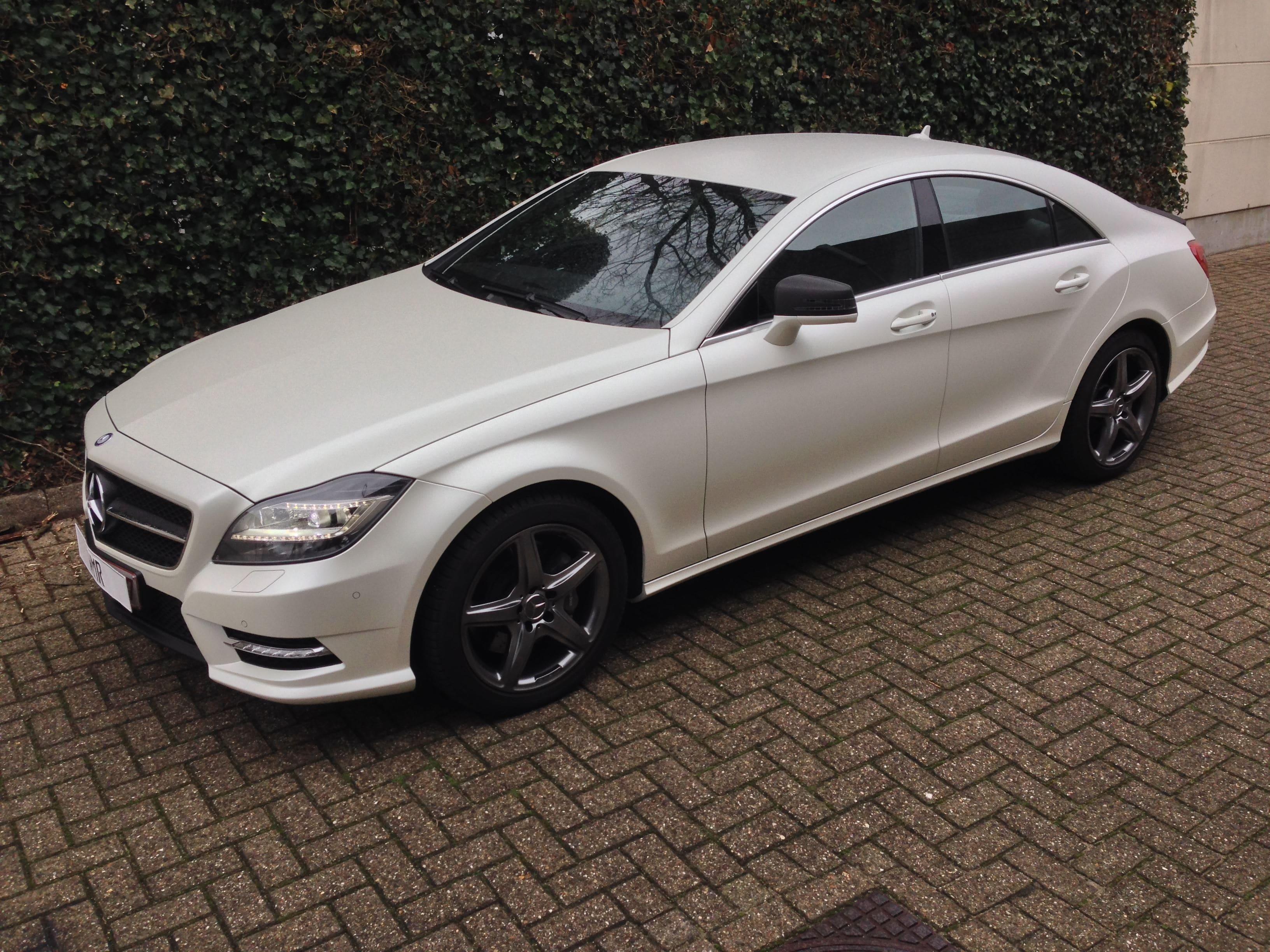 Mercedes CLS met White Satin Pearl Wrap, Carwrapping door Wrapmyride.nu Foto-nr:6208, ©2021