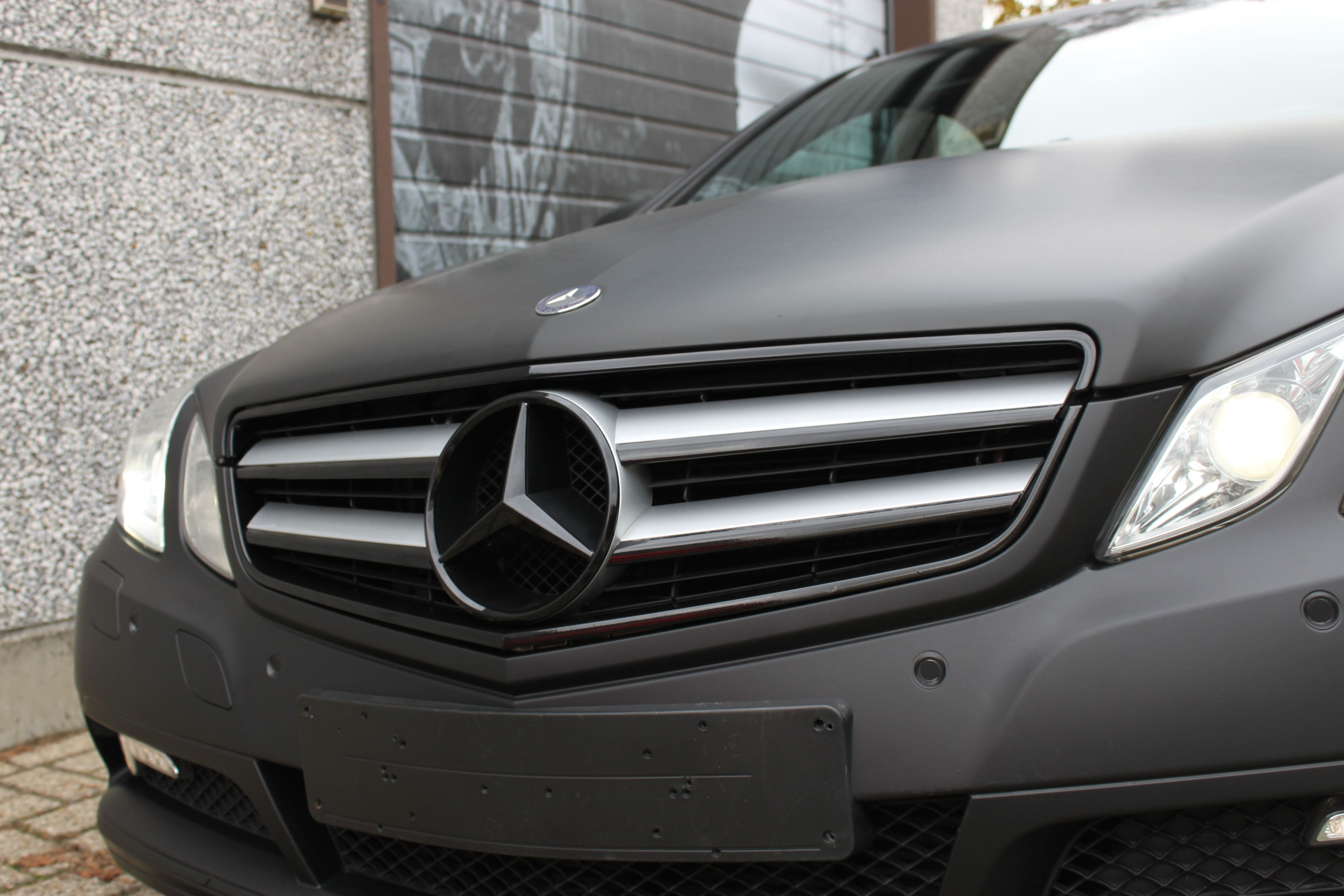 Mercedes E-coupe mat zwart, Carwrapping door Wrapmyride.nu Foto-nr:9341, ©2020