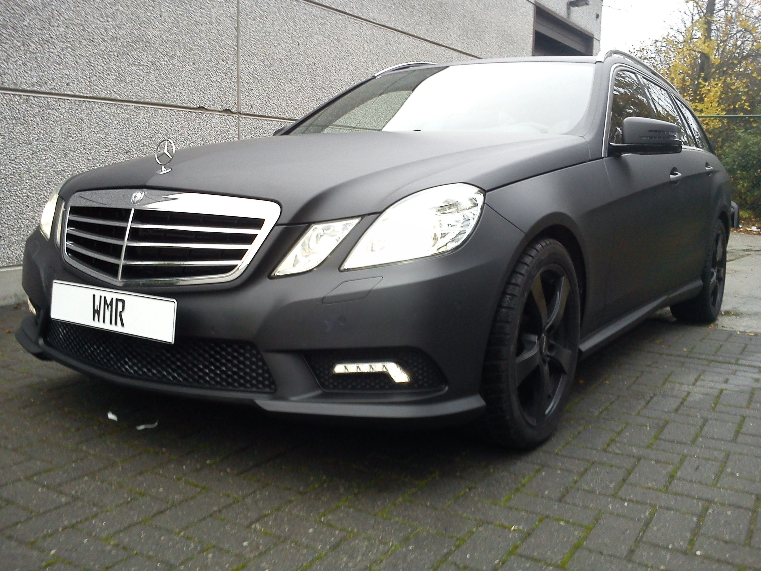 Mercedes E320 met Mat Zwarte Wrap, Carwrapping door Wrapmyride.nu Foto-nr:6228, ©2021