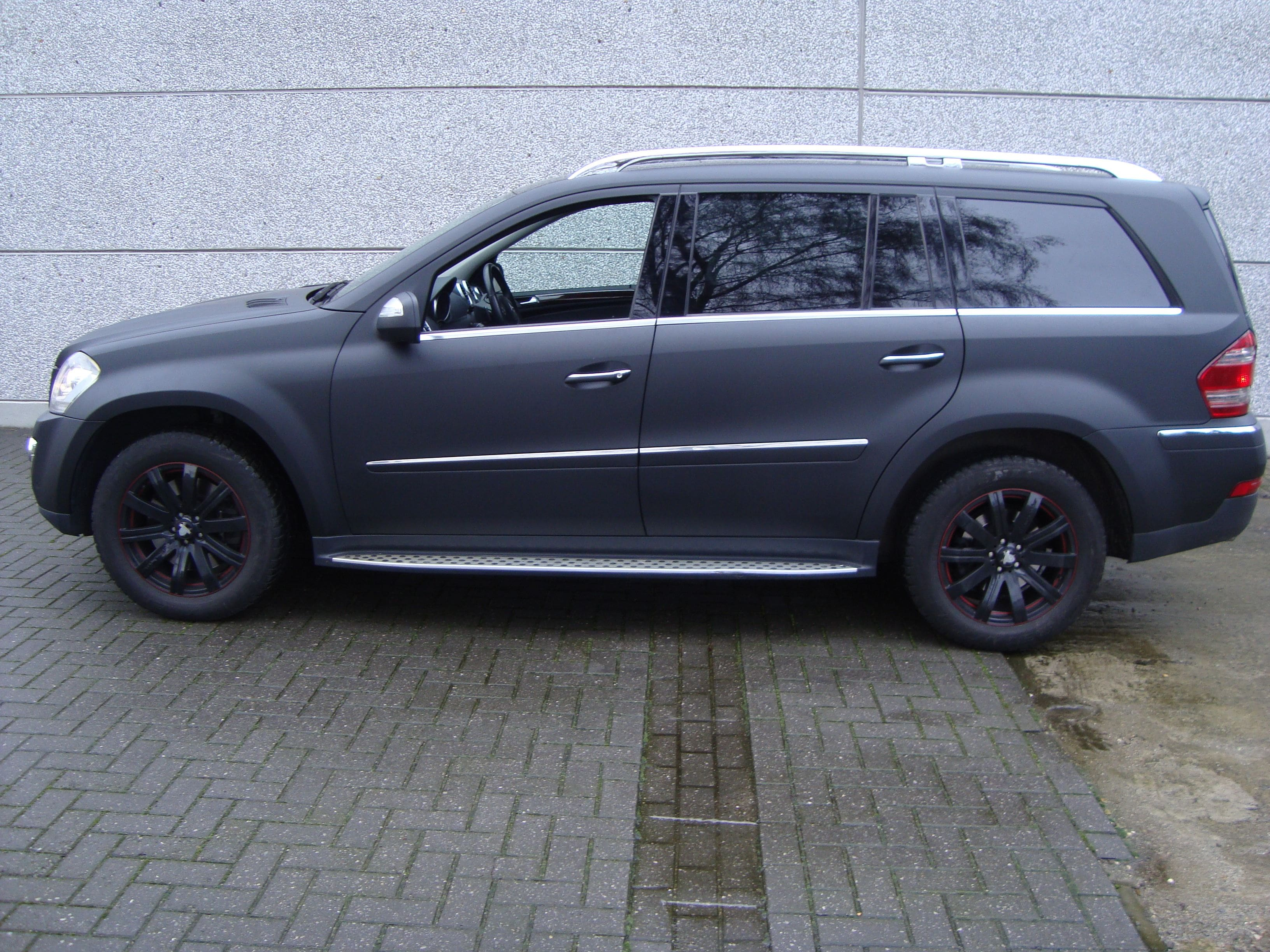 Mercedes GL met Mat Zwarte Wrap, Carwrapping door Wrapmyride.nu Foto-nr:6282, ©2020