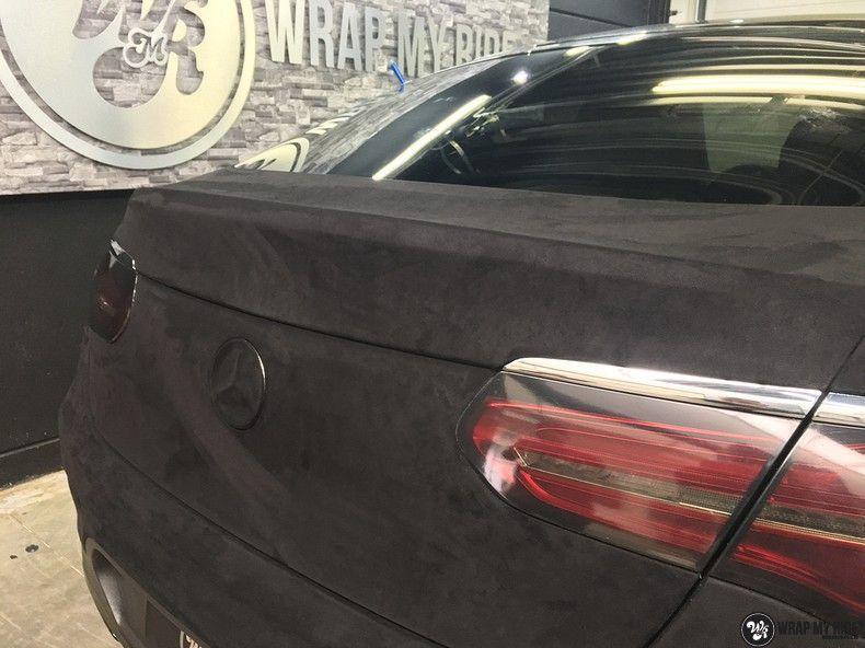 Mercedes GLC alcantara gold, Carwrapping door Wrapmyride.nu Foto-nr:11535, ©2018