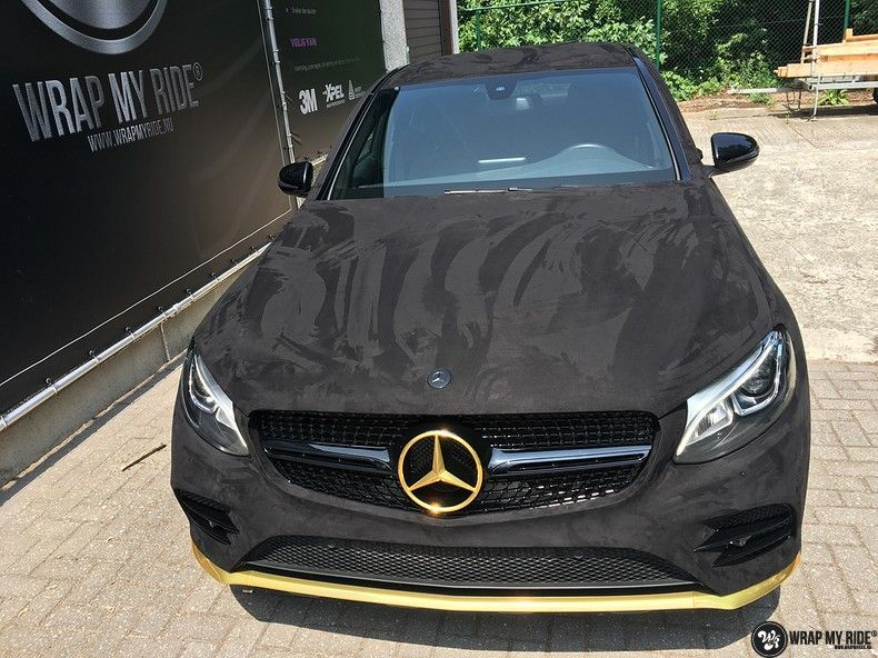 Mercedes GLC alcantara gold, Carwrapping door Wrapmyride.nu Foto-nr:11524, ©2018