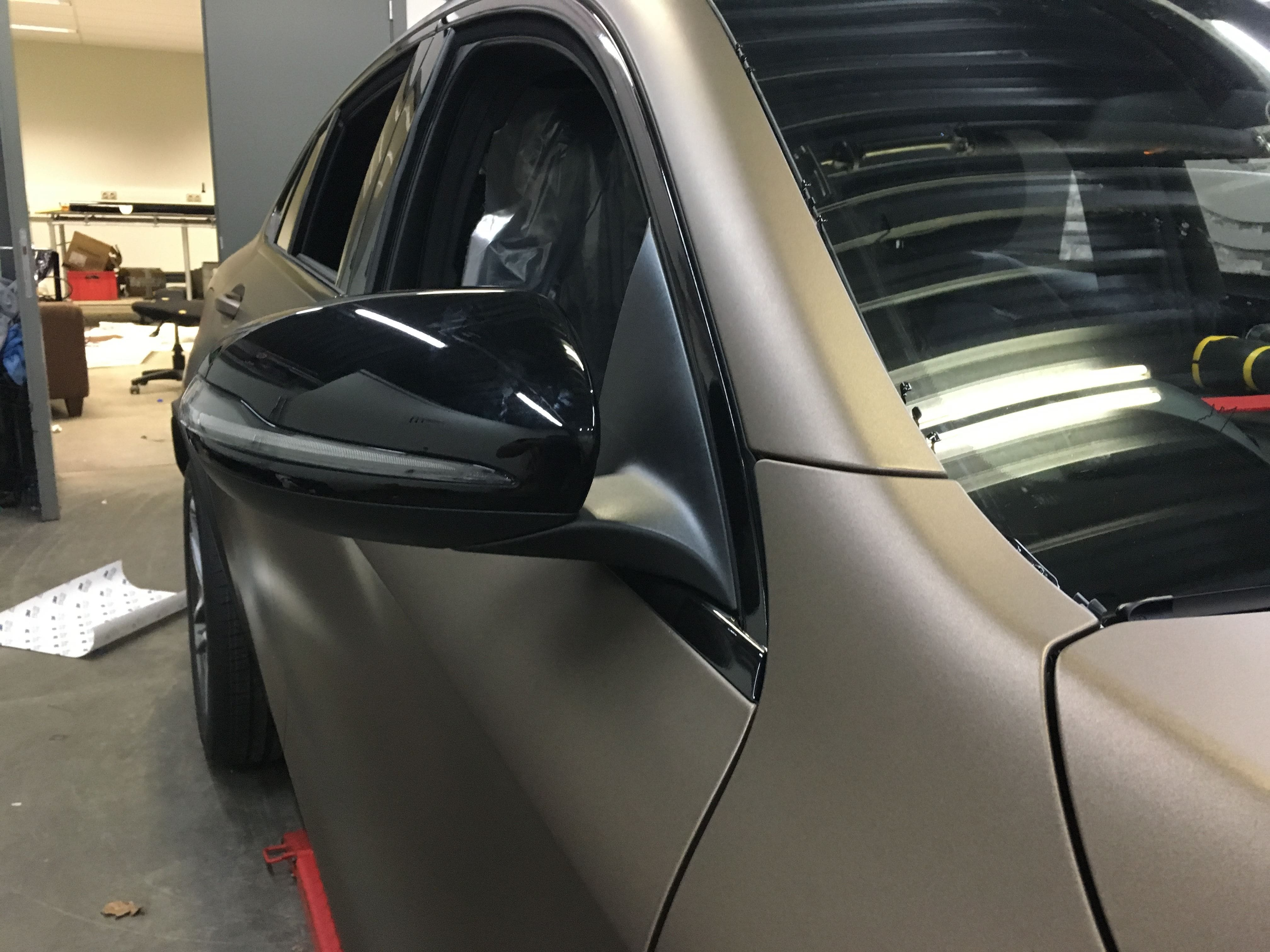 Mercedes GLC Coupe Matte metallic brown, Carwrapping door Wrapmyride.nu Foto-nr:9374, ©2021