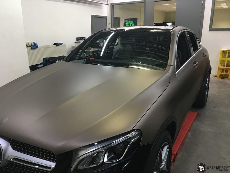Mercedes GLC matte metallic brown, Carwrapping door Wrapmyride.nu Foto-nr:9568, ©2018