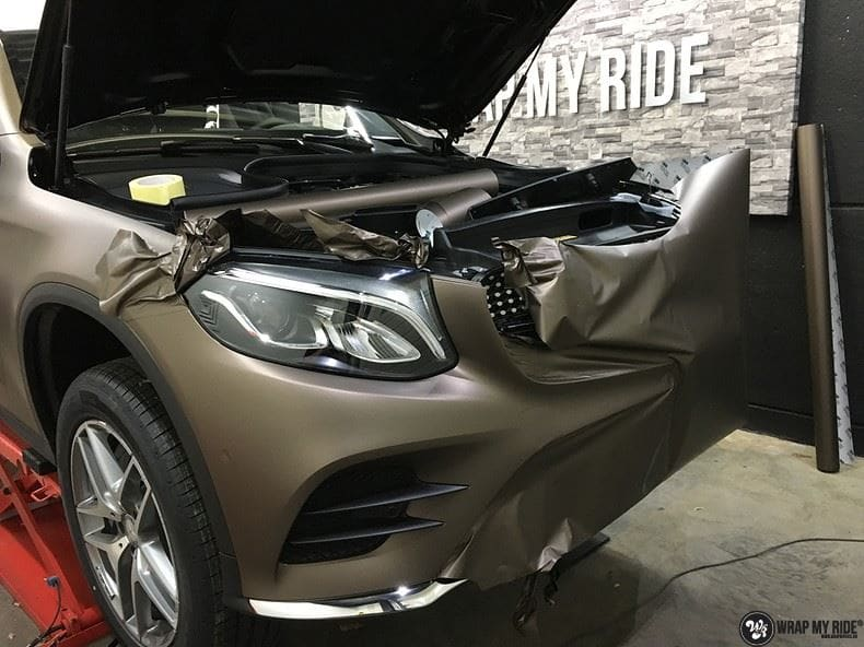 Mercedes GLC matte metallic brown, Carwrapping door Wrapmyride.nu Foto-nr:9553, ©2018