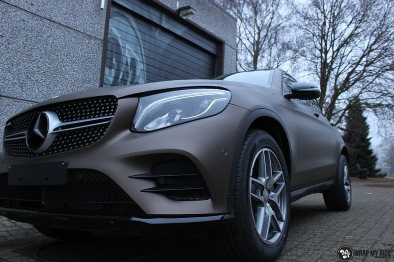 Mercedes GLC matte metallic brown, Carwrapping door Wrapmyride.nu Foto-nr:9546, ©2018
