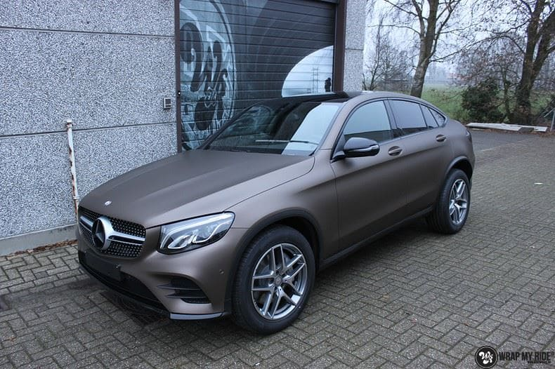 Mercedes GLC matte metallic brown, Carwrapping door Wrapmyride.nu Foto-nr:9543, ©2020