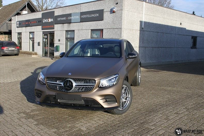 Mercedes GLC matte metallic brown, Carwrapping door Wrapmyride.nu Foto-nr:9530, ©2018