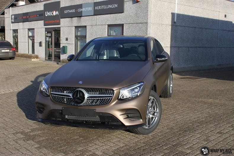 Mercedes GLC matte metallic brown, Carwrapping door Wrapmyride.nu Foto-nr:9529, ©2018