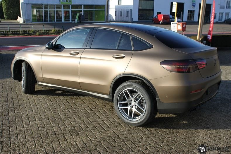 Mercedes GLC matte metallic brown, Carwrapping door Wrapmyride.nu Foto-nr:9518, ©2018