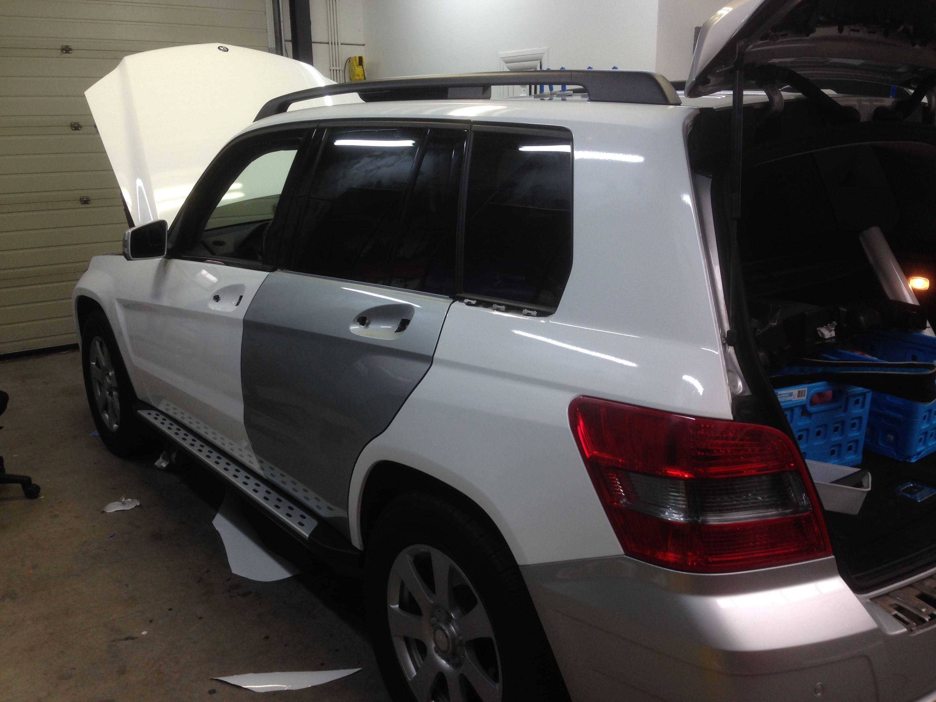 Mercedes GLK met Glossy White Wrap, Carwrapping door Wrapmyride.nu Foto-nr:6298, ©2020