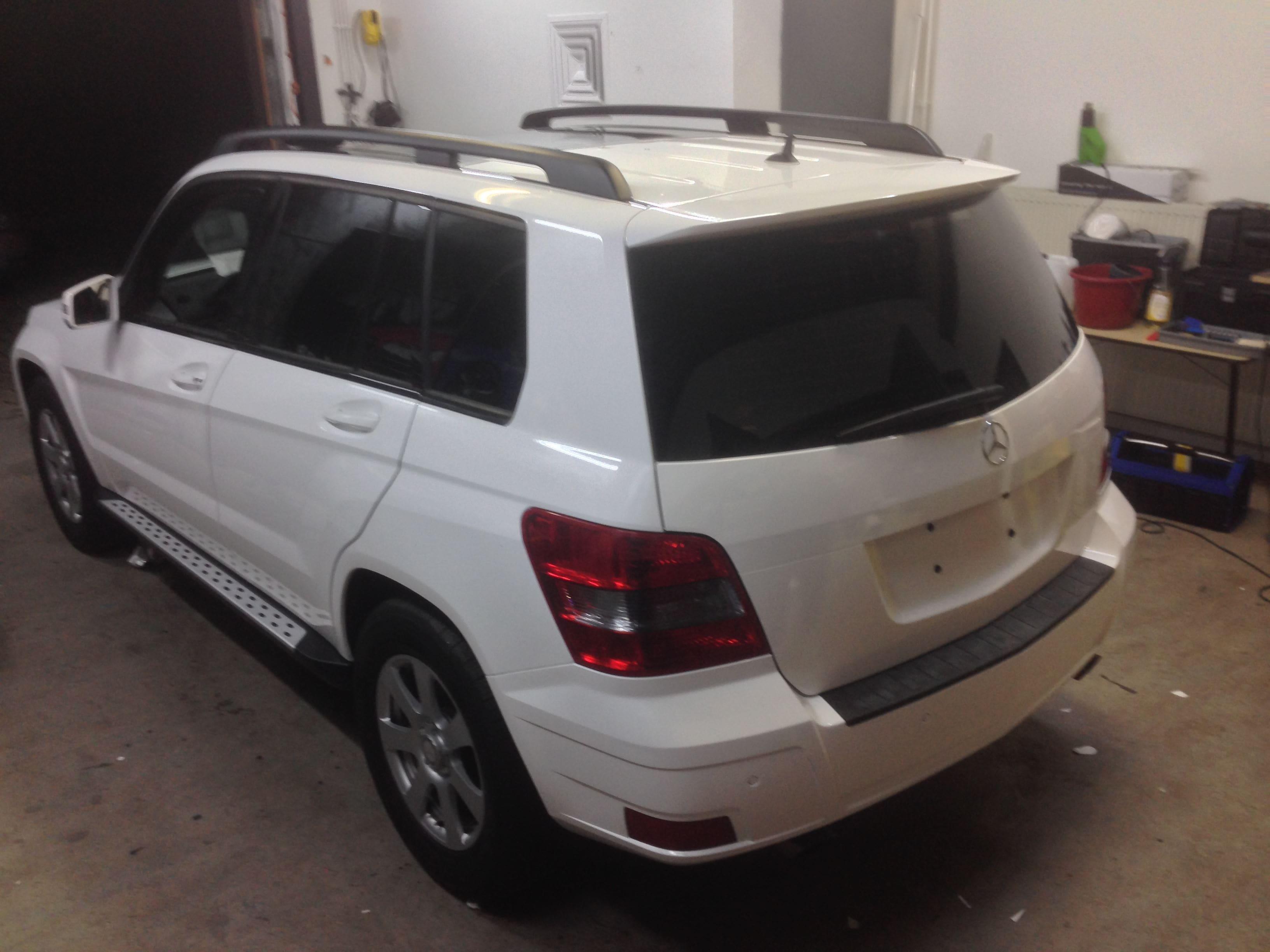 Mercedes GLK met Glossy White Wrap, Carwrapping door Wrapmyride.nu Foto-nr:6299, ©2020