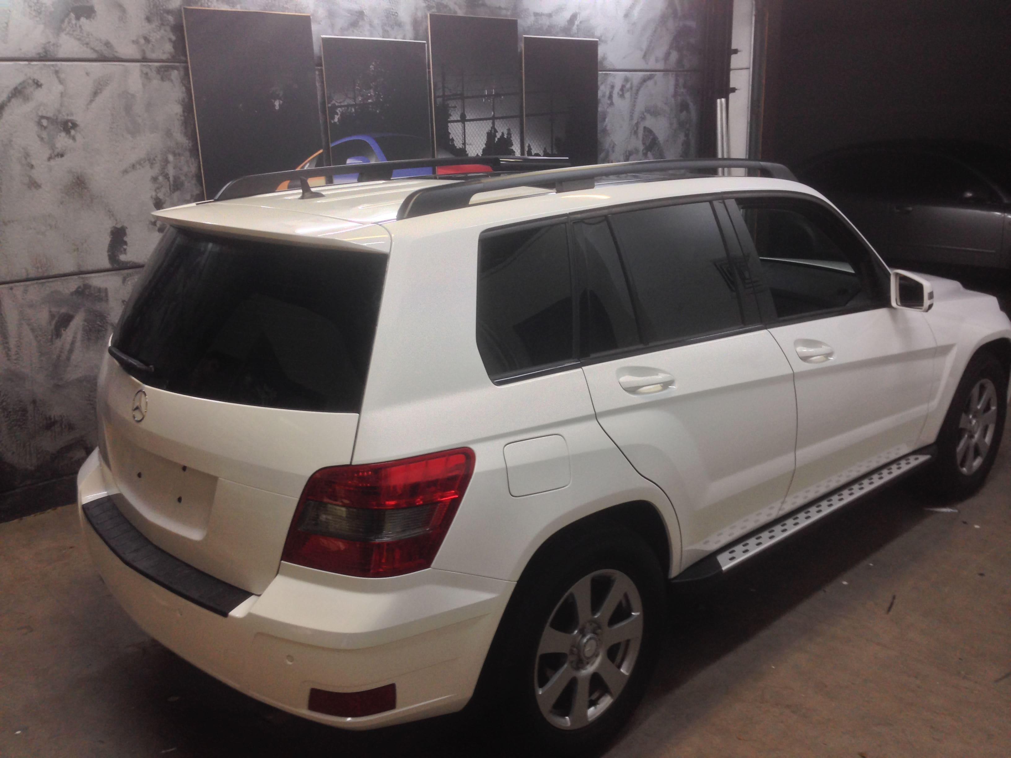 Mercedes GLK met Glossy White Wrap, Carwrapping door Wrapmyride.nu Foto-nr:6300, ©2020