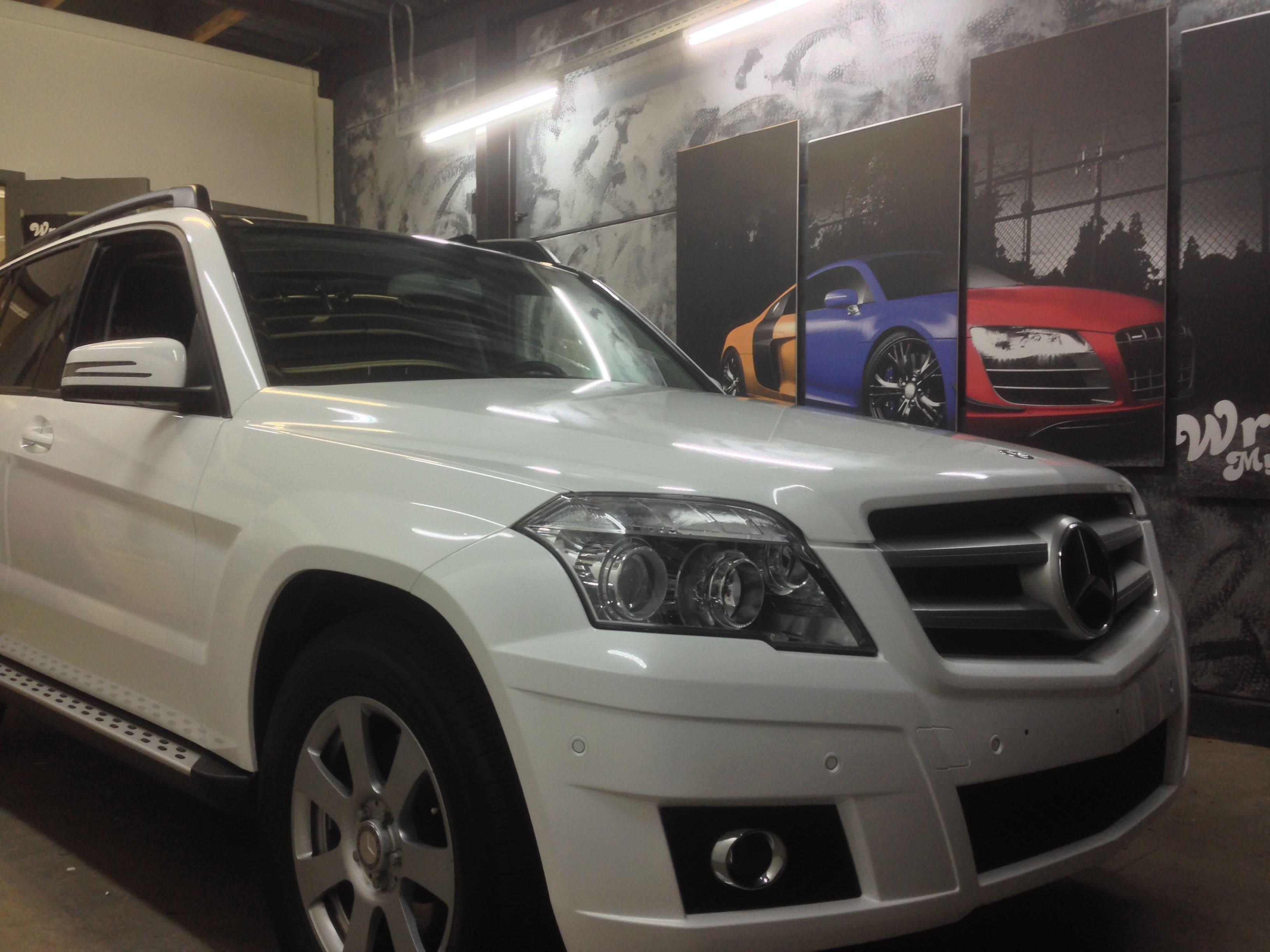 Mercedes GLK met Glossy White Wrap, Carwrapping door Wrapmyride.nu Foto-nr:6302, ©2020