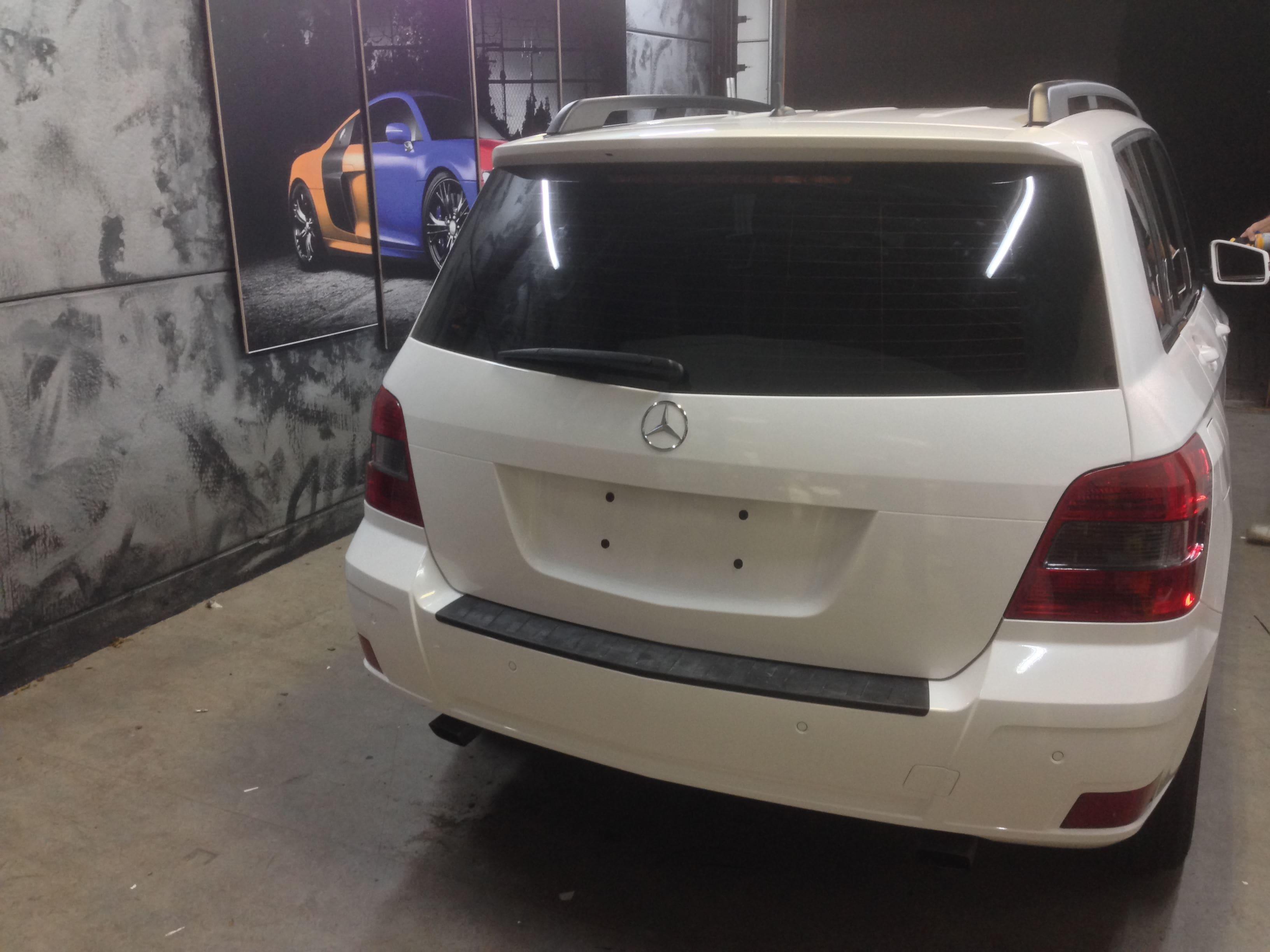 Mercedes GLK met Glossy White Wrap, Carwrapping door Wrapmyride.nu Foto-nr:6306, ©2020